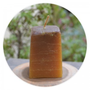 100% Pure Beeswax Square Shaped Candle – with Cinnamon Flavour